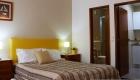 room-02-03-hospedaria-bernardo_ericeira.jpg